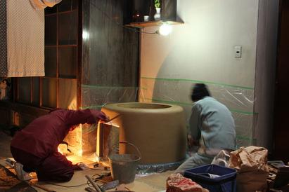 本宅玄関内庭のおくど 修復工事(2012年3月21日)