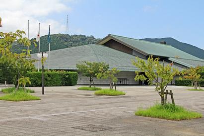 佐賀県立 九州陶磁文化館(2012年9月15日)