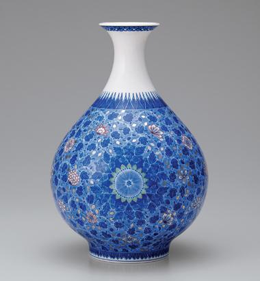 色絵藍色墨はじき唐花更紗文花瓶