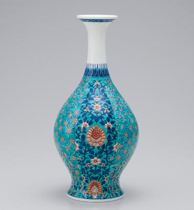 色絵緑地草花文花瓶