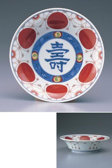 色鍋島赤玉瓔珞文菓子器