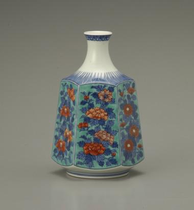色鍋島草花文花瓶