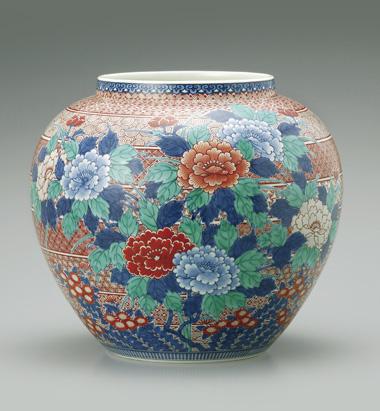 色鍋島赤地牡丹菊文花瓶